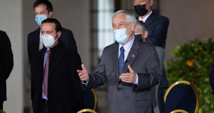 Presidente Piñera promulga el IFE Universal se pagará en junio