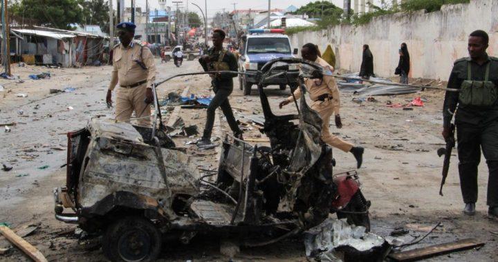 Al menos 13 muertos en un ataque contra el jefe de la Policía de Mogadiscio