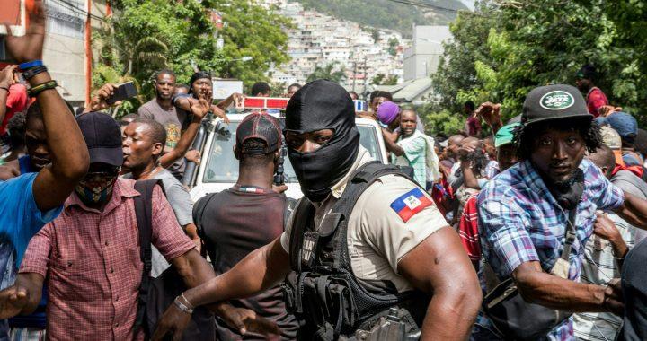 La policía de Haití continúa cacería de asesinos del presidente Jovenel Moise