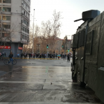 Carabineros interviene en manifestación en plaza Baquedano